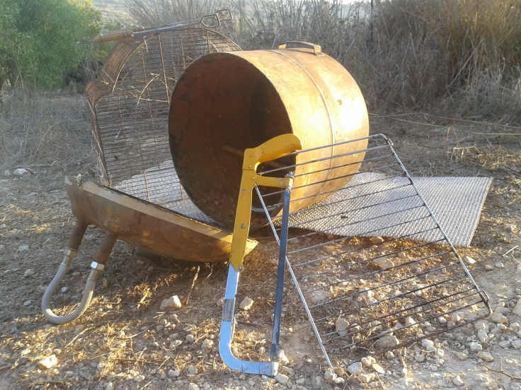 how to make an outdoor oven - adventure survival bbq firepit boiler and oven - oven out of metal tank, oven from geyser, outdoors oven 3